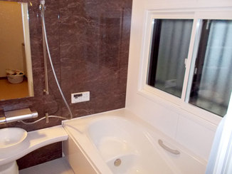 バスルームリフォーム 最新の設備で断熱効果や収納力も上がり、使い勝手がよくなった水廻り